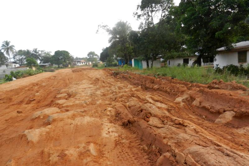 Road to Sis Iye orpahange
