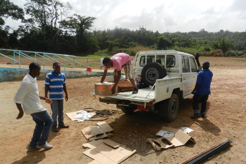 Unloading of materials